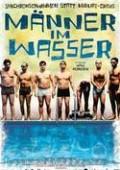 Männer im Wasser (Allt flyter)