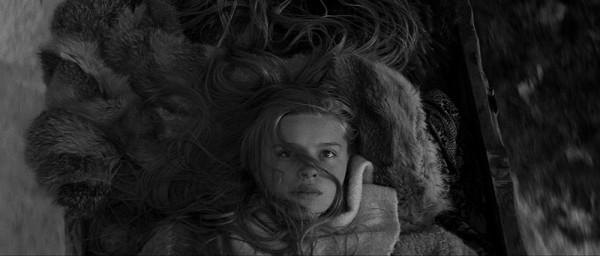 Marketa_Lazarov___WA__Filmstill_03