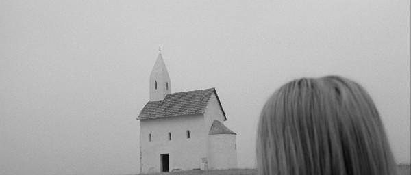 Marketa_Lazarov___WA__Filmstill_10
