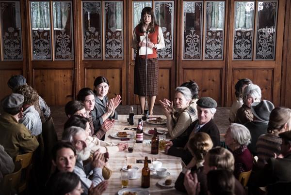 Trogen, Appenzell, Schweiz, 23. Maerz 2016 - Die goettliche Ordnung, Standbild Film Szene 73.
