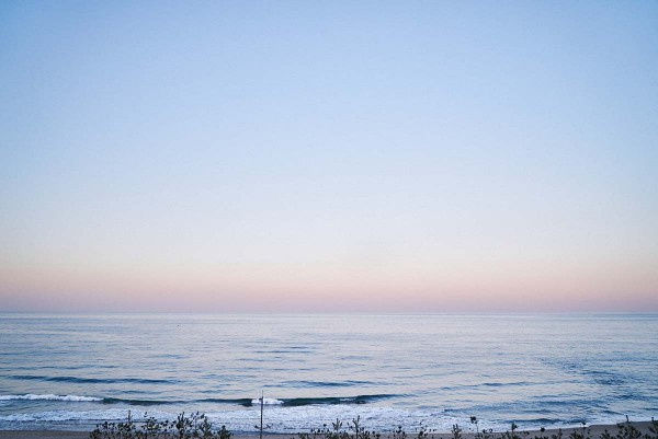 On_the_Beach_at_Night_Alone_Filmstill_19