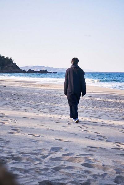 On_the_Beach_at_Night_Alone_Filmstill_29