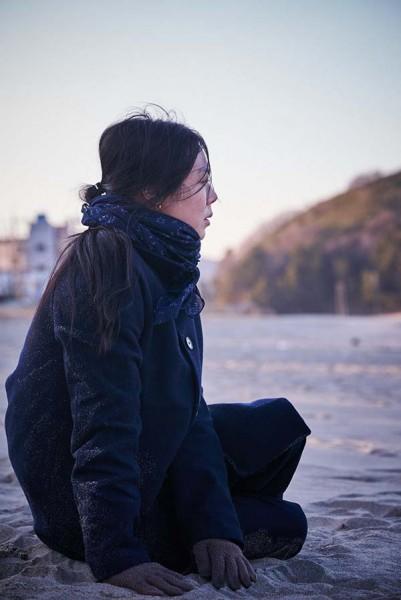 On_the_Beach_at_Night_Alone_Filmstill_31