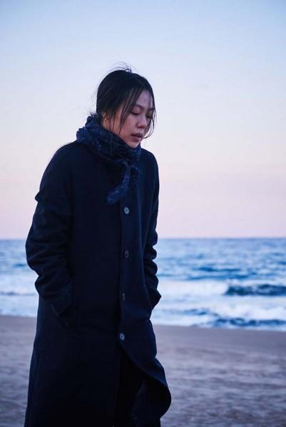 On_the_Beach_at_Night_Alone_Filmstill_35