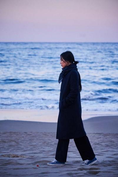 On_the_Beach_at_Night_Alone_Filmstill_36
