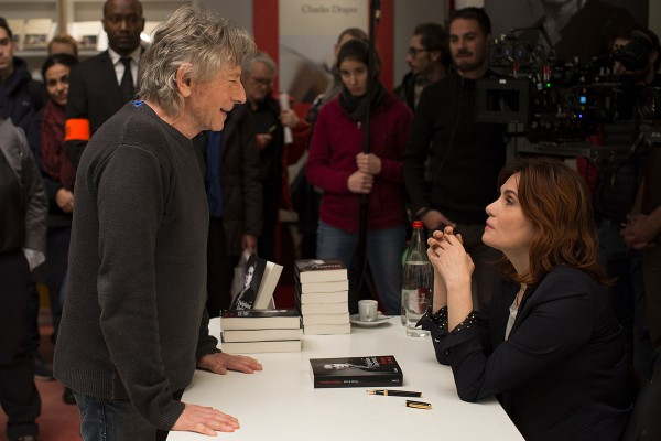 Regisseur Roman Polanski mit Hauptdarstellerin Emmanuelle Seigner am Set von NACH EINER WAHREN GESCHICHTE