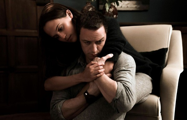 Alicia-Vikander-and-James-McAvoy-Submergence-movie